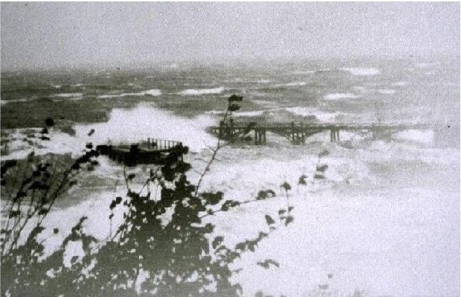 Carradale 1858 pier in a gale in 1949